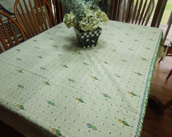 Vintage Ivory and Green Screen Printed Kitchen Dining Luncheon Table Cloth for housewares, home decor, linens by MarlenesAttic