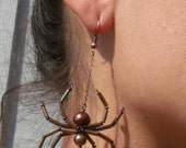 Brown Recluse Pearl Spider Earrings - Aracnid - Dark Fairy - gothic - Wedding - Creepy Crawly_Heather Lynn