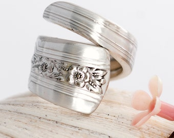 Vintage Spoon Ring - Louisianne Spoon Ring - Silverware Spoon Ring - Silverware Jewelry - Spoon Ring - Silverware Spoon Jewelry (mcf R125)