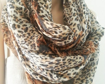 Leopard Infinity Scarf,  Cheetah Animal Print Infinity Scarf, Chunky Brown Fashion Women Gift Scarves for Everyday