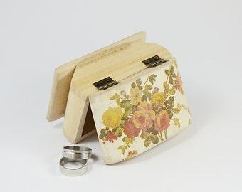 Floral Ring Bearer Box, Rustic Wedding Ring Bearer Pillow, Personalized Ring Box, Ring Pillow Box , Engagement Ring Box