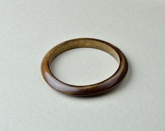 Wooden slim bangle. Hambabalud tree bracelet. Dark brown wooden bangle. (B10016)