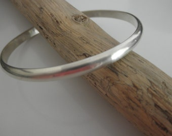 Classic half round HEAVY sterling silver bangle bracelet
