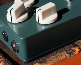 HUEY Distortion -BUILT & Ready To Ship- Vintage / Classic Guitar / Keyboard / Instrument Effects FX Pedal Stomp Box-