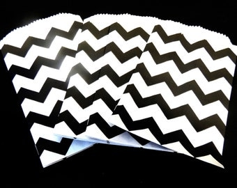 "Exclusive Mini Black Chevron 3 1/4 x 5 1/4"" Flat Paper Bags, (25 Pack) Cute 3.25x5.25 Kraft Goodie Bags, Small Kraft Serrated Edge Gift Bag"