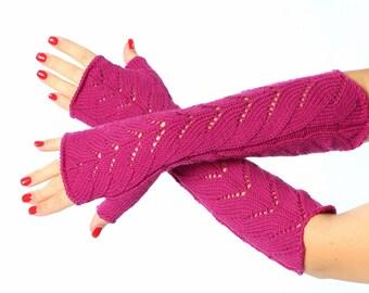 SALE Lace Fingerless mittens Fuchsia Long Fingerless Mittens / Knit Fingerless Gloves / lace knit gloves