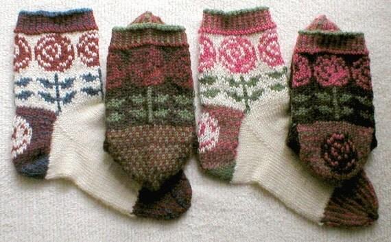 Knitting Pattern-Art Nouveau Rose Socks Fair Isle socks