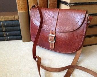 Vtg Artisan Rustic Brown Leather Small Crossbody Saddle Bag // Cartridge Bag