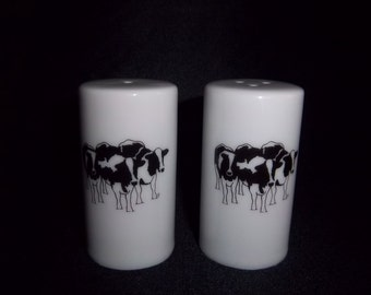 Dairy Cow Salt and Pepper Shakers Vintage Country Kitchen Home Decor