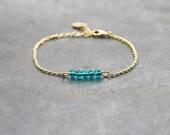 Green bracelet with gold plated chain 24K / bar bracelet for women / crystal beads