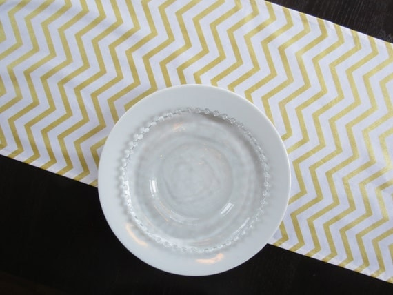 gold white chevron table runner. Black Bedroom Furniture Sets. Home Design Ideas