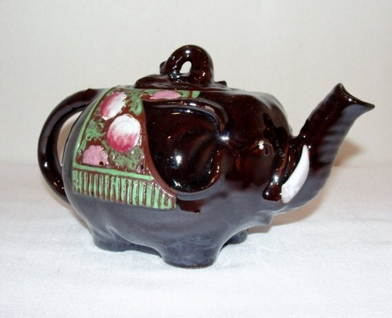 Elephant teapot made in japan hand painted ceramic pot - Elephant shaped teapot ...