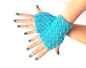 SALE - 50%OFF. Fingerless Gloves. Fingerless Mittens. Knitted Wrist Warmers.Turquoise Short Knit Fingerless Gloves.