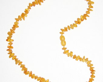 Raw unpolished Baltic amber adult necklace 42