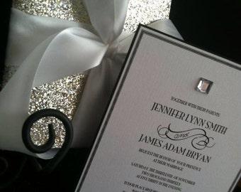 Glamorous wedding invitation set