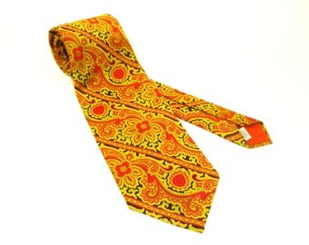 1970s Wide Polyester Tie Mens Vintage Disco Era Black, Red & Gold 100% Imported Polyester Woven Textured Necktie with Paisley type designs