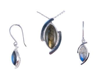 Labradorite Marquise cabochon silver set