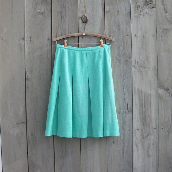 vintage skirt mint green pleated knit by breadandrosesvintage