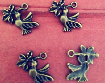 30PCS 20 x 15mm  Antique bronze bird charm   -  antique bronze charm pendant  Jewelry Findings
