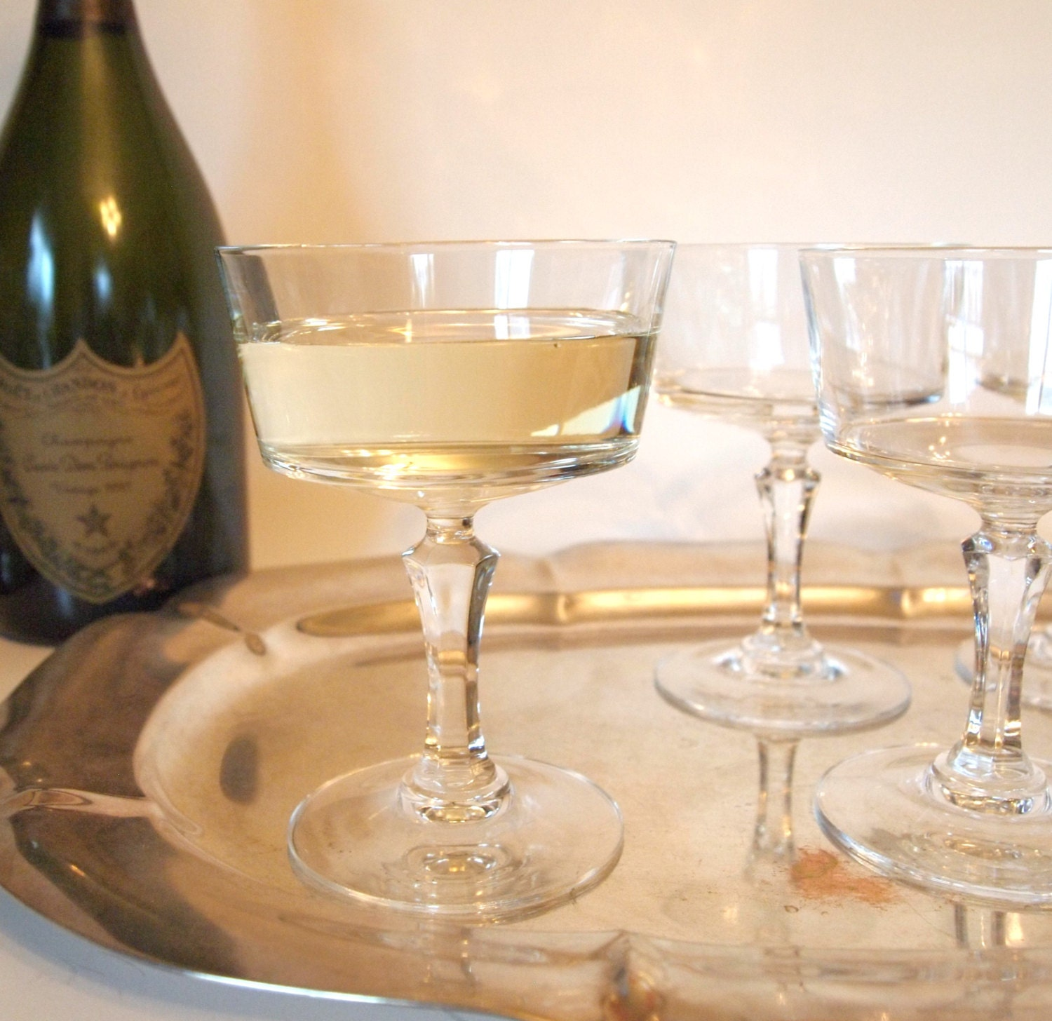 gorgeous vintage crystal champagne coupe glasses with flat. Black Bedroom Furniture Sets. Home Design Ideas