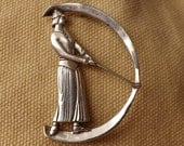 Museum of Fine Arts Signed Art Nouveau Woman Golfer Brooch Pin--Item #C05392