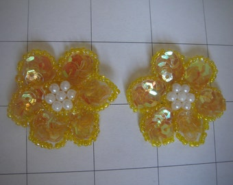"1.25"" Yellow Sequins Flower Applique Set of 2 Pearl Center"