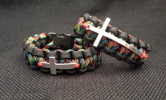 custom paracord bracelet with cross charm custom colors and