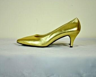 Anne Klein Leather Gold Pumps