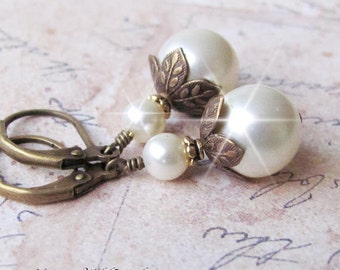 Pearl Earrings, Antique Brass and Pearl Earrings, Vintage Style Pearl Drop Earrings, Bridesmaids, Every Day Wear, in White or Ivory
