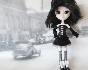 PULLIP black corset, petticoat skirt, leg and arm warmers
