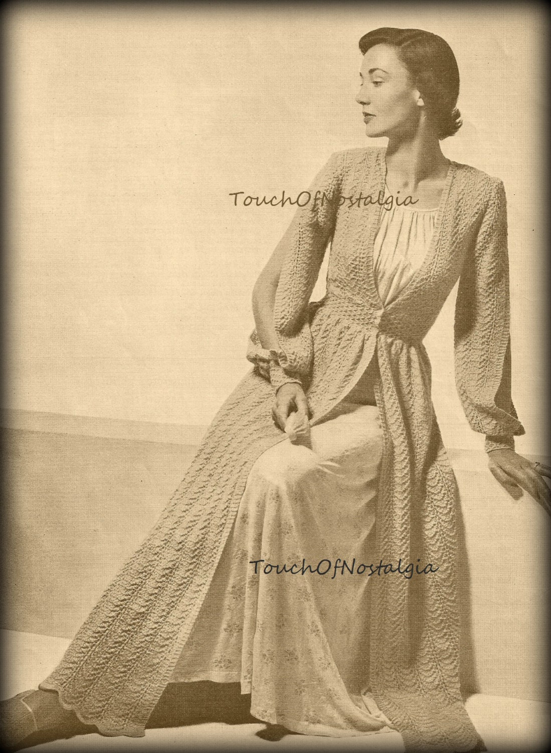 Knitting Pattern Dressing Gown : LONG DRESSING GOWN Robe Knitting Pattern Vintage Elegant