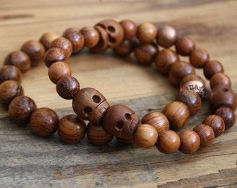 skull bracelet/ skull jewelry/ wood bracelet/ wood jewelry/ beaded bracelet