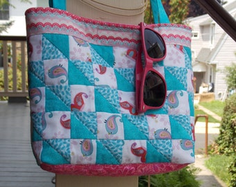Delightful Compact Summer Tote
