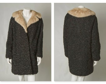 """ORIGINAL VINTAGE 1950s 60s Astrakhan Cocoon Coat Swing Jacket with White Fur Collar / Large / Bust 43"""""""