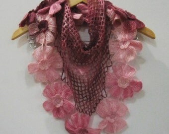 Stylish elegant knitted shawl Pink
