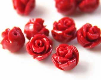 12 pcs of rsin rose bud with hole 8mm-0630-red