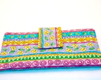 Wallet with small flowers for women