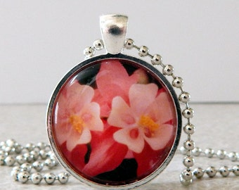 Pink Flower Pendant, Pink Flower Necklace, Columbine Flower Pendant, Columbine Flower Necklace, Flower Jewelry, Glass Flower Pendant