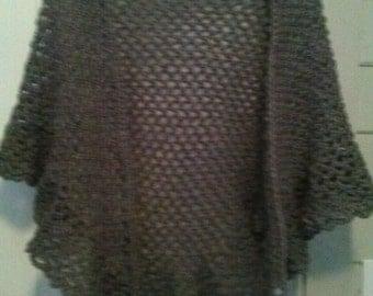 shawl wrap. lot 78