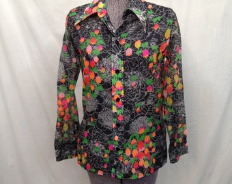 Women's Vintage Floral Button Up Shirt by Shapely Size 11/12