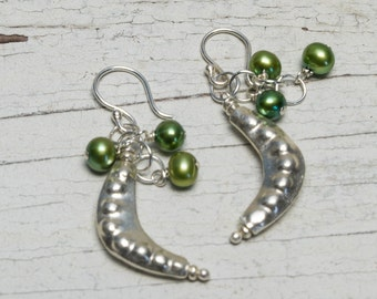 Peas please!  Fine silver pea pods with green pea pearls by ladeDAH!  Handmade.