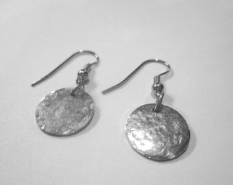 925 Sterling Silver Distressed hammered disc earrings