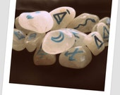 Snow Milky Quartz Witches Runes Wiccan Pagan Divination Fortune Telling Casting Wiccan