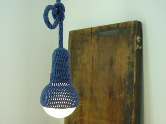 Oriel, marineblauw gehaakte lamp