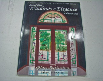 Fenêtres de l'élégance - Collection deux - vitrail motif livre par Wardell Publications