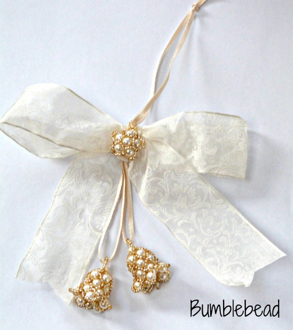 TUTORIAL: Bell 'n' Bows Christmas or Wedding Decoration  - A Seed Beadweaving Beading Tutorial Pattern