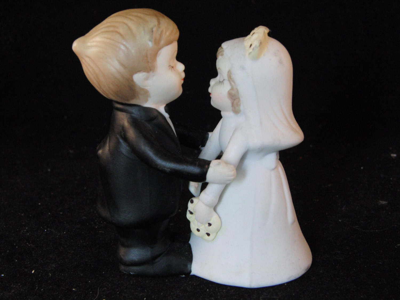 vintage wedding cake topper bride and groom by sweetresale on etsy. Black Bedroom Furniture Sets. Home Design Ideas