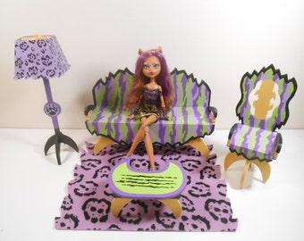High school monster furniture werewolf 5 piece living - Goosebumps werewolf in the living room ...