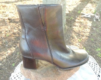 VS000004 Naturalizer Ankle Boot Brown Leather Upper Stitching Made in Brazil Square Toe Block Heel Size 7.5M -By God Oddities Decor on ETSY