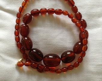 30s bakelite necklace